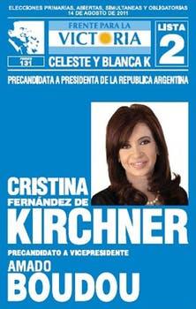 El kirchnerismo lleva foto de la presidenta e íconos peronistas.