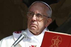"""El Papa invocó """"la fuerza divina y el confort a las familias dolidas, los heridos y a los que están implicados en los esfuerzos de socorro"""""""