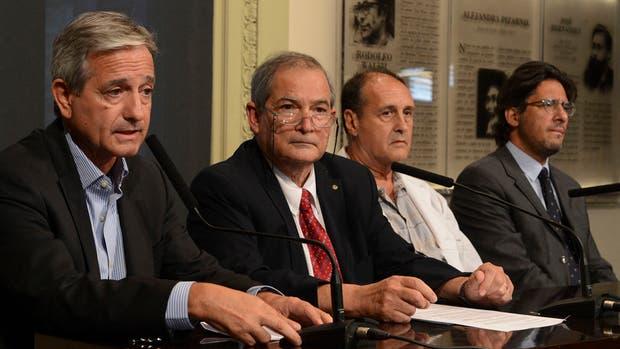 Ibarra, Lemus, Díaz Legaspe y Garavano, ayer, en conferencia