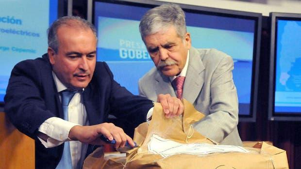 Indagatoria para De Vido y José López por Skanska