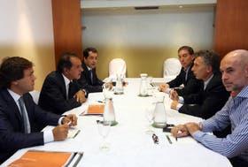 Scioli y Macri debaten a las 21