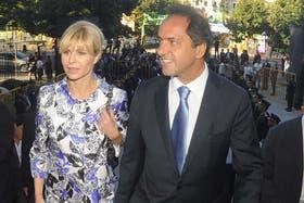 Karina Rabolini y Daniel Scioli, en un acto oficial del año pasado