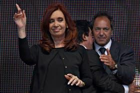 Cristina Kirchner y Daniel Scioli, cada vez más alejados