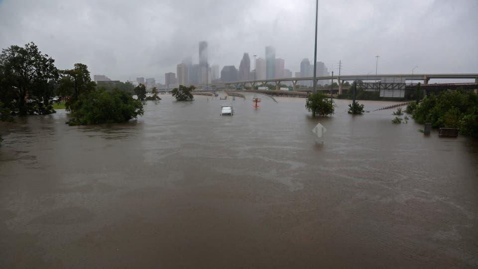 Harvey pasó y arrasó con todo a su paso, el saldo son varios muertos y cuantiosas pérdidas materiales, es el huracán más fuerte desde 2005. Foto: Reuters