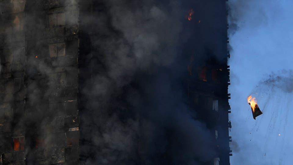 La mampostería del edificio se está cayendo y hay peligro de derrumbe. Foto: Reuters