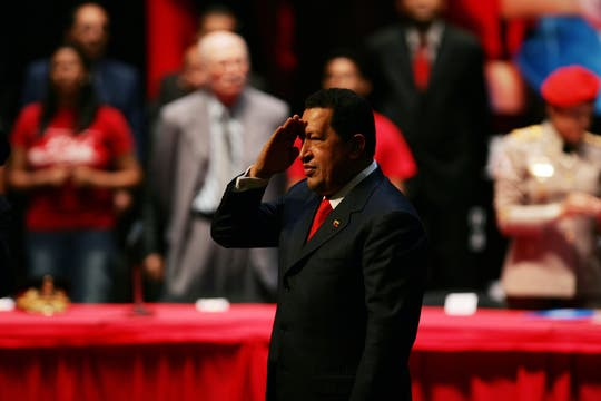 En febrero de 2010 celebró 11 años de su investidura y anunció que estaría dispuesto a gobernar 11 años más. Foto: Archivo