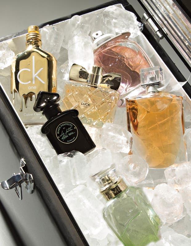CK One Gold, de Calvin Klein / Coach New York / Petite Black Perfecto, de Guerlain / Avon Luck / La vie est belle