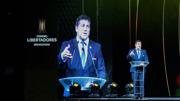 Alejandro Domínguez anunció la implementación del videoarbitraje desde los cuartos