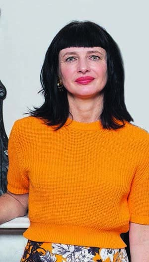 La diseñadora de indumentaria británica dictó varias conferencias en la Argentina acerca de la transparencia en la industria de la moda y la trazabilidad de sus prendas