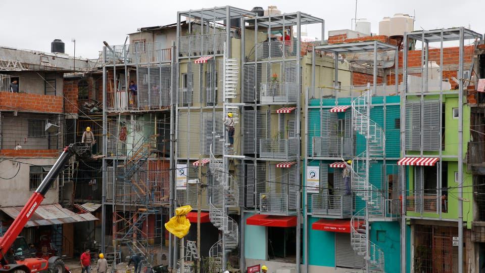 En la villa 31-31 bis, los vecinos disfrutan de las primeras casas refaccionadas. Foto: LA NACION / Ricardo Pristupluk