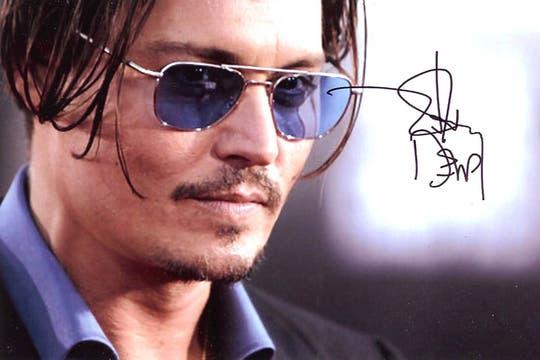 Johnny Depp: Lleva una vida de embrollos y vicios. Siempre encerrado en su intelecto. No le gusta darse a conocer. Foto: Archivo