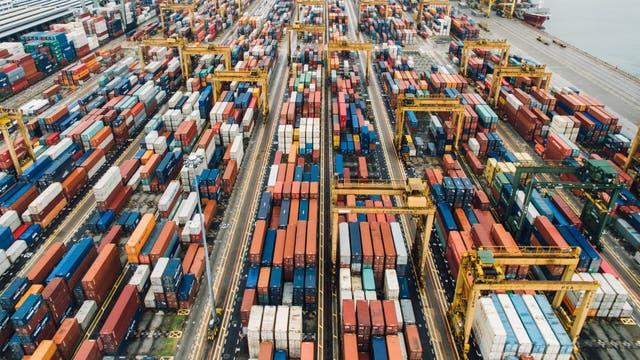 Los buques cargueros llevan el 90% del comercio mundial