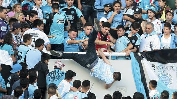 La AFA sancionó a Belgrano por el caso de Emanuel Balbo