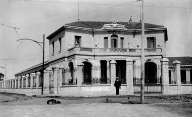 El Colegio Nacional correntino en 1930, luego de que se hicieran trabajo de ampliación y mejoras edilicias.