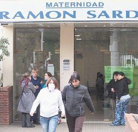 Crecen las consultas por gripe en la Maternidad Sardá, en Parque Patricios