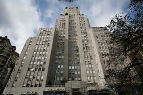 Integran este particular edificio 105 departamentos