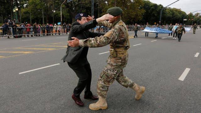 Palermo fue escenario de un desfile militar