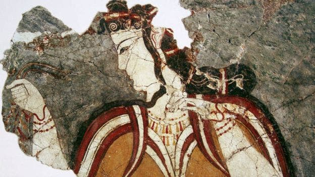 Esta mujer de la civilización micénica tiene semejanzas con las mujeres de la cultura minoica en la primera imagen de la nota