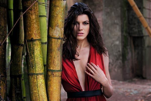 Isabeli Fontana, súper sexy. Foto: Gentileza www.pirellical.com