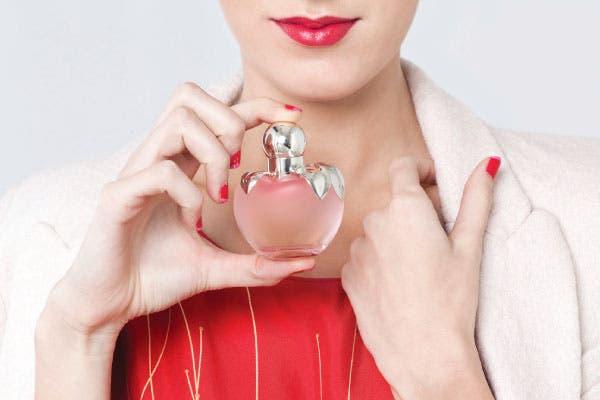 Dulce: Con su impronta de fruto prohibido, esta nueva versión del Nina l'Eau 50 ml (Nina Ricci, $395) es un perfume mucho más acaramelado y adolescente, una ráfaga de la juventud más viva, ligera y sensual..