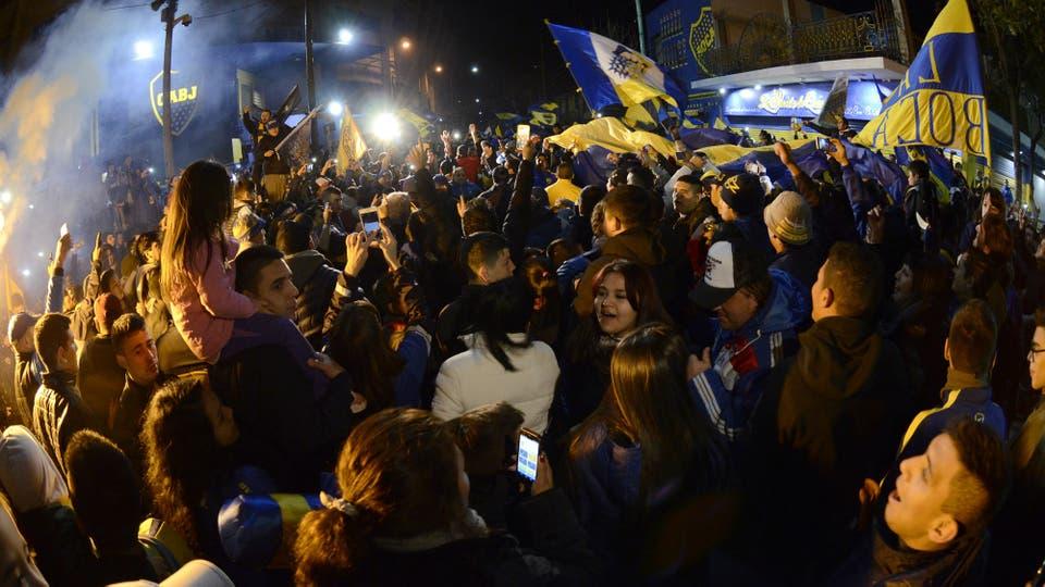 Boca festeja tras un campeonato largo y agotador. Foto: DyN