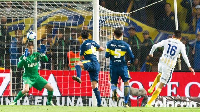Gol de Central: Martínez define ante Sara