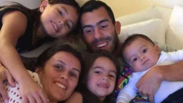 Macri encabeza lista de invitados de boda de Carlos Tévez en Uruguay