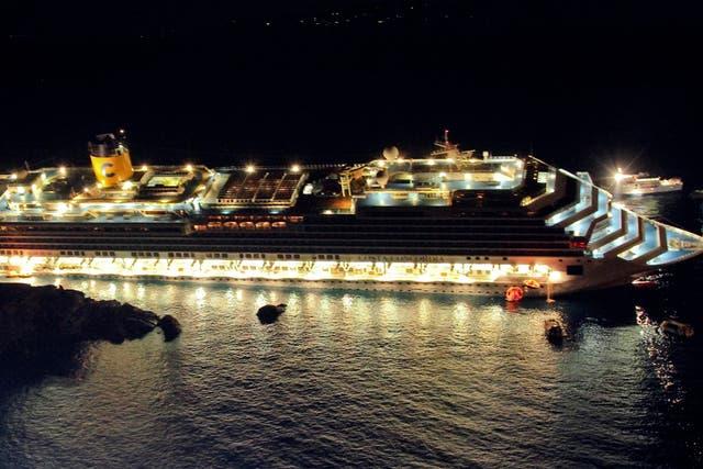 Difunden las primeras imágenes del rescate del Costa Concordia