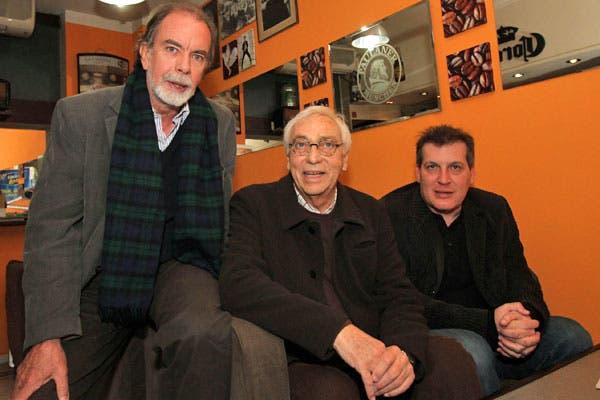 González Fraga y Garrido fueron a ver el espectáculo de Brandoni