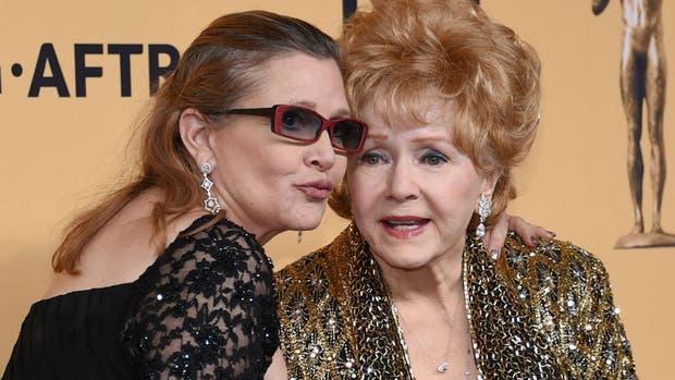 Debbie Reynolds falleció un día después que su hija