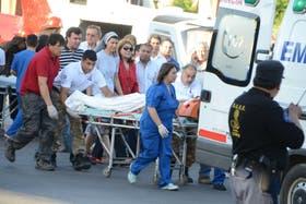 El gobernador de San Juan, José Luis Gioja, está internado desde el viernes en el hospital Guillermo Rawson de San Juan
