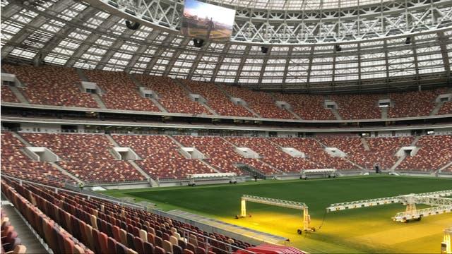 El Luzhniki por dentro: techado, con pantalla y butacas para todos
