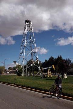 La importancia económica de esta ciudad patagónica está basada en la industria petrolera. Foto: LA NACION / Santiago Hafford