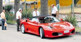 Una Ferrari 430 paga en la Capital $ 58.754 por patentes al año; en el Norte, hasta seis veces menos