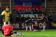San Lorenzo ganó 2 a 0 y pasó a octavos de final de la Copa Argentina