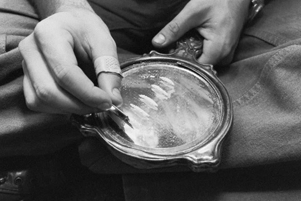 La lucha contra el narcotráfico fue uno de los puntos fuertes de las campañas presidenciales, pero el control de las drogas tiene más de cien años en el país. Entre estrategias de dealers y voces oficiales, una breve historia de prohibiciones, intentos por despenalizar y políticas de persecución fallidas
