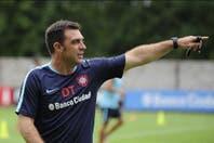 Pablo Guede apostará por un equipo alternativo para recibir a Arsenal