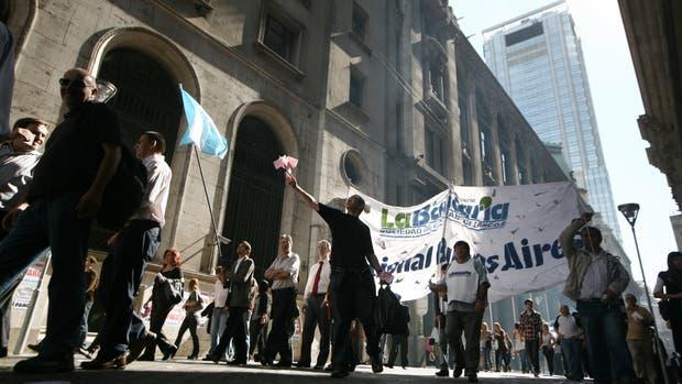 Bancarios redobla la apuesta: harán un paro de 72 horas desde el viernes