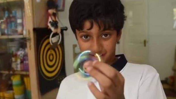 Arnav Sharma: el niño de 11 años que superó a Einstein y Hawking