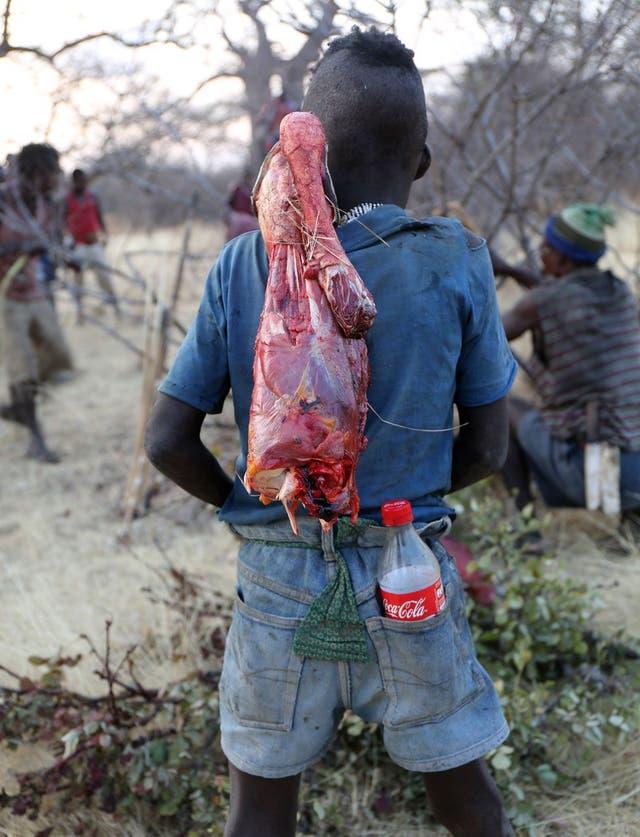 Ya se están vendiendo bebidas azucaradas en territorio hadza