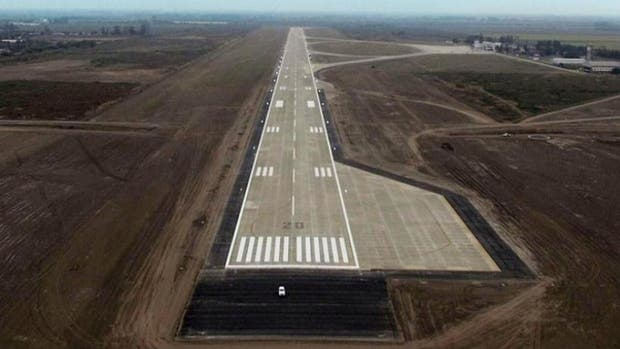 """Las obras en el aeropuerto """"Teniente Benjamín Matienzo"""" tuvieron una inversión superior a los $1.640 millones de pesos"""