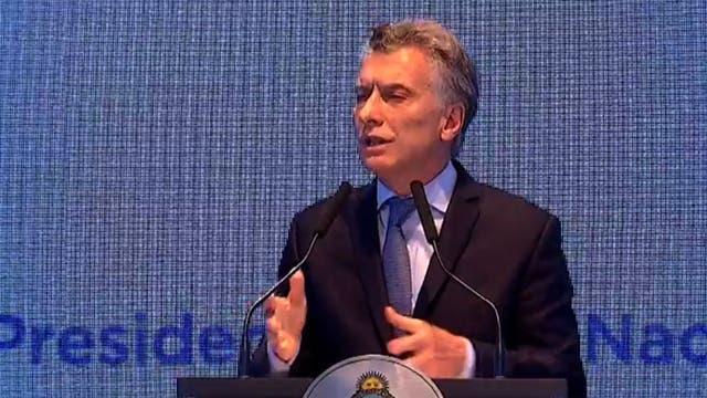 Presidente de Argentina homenajea en NY a compatriotas muertos en atentado