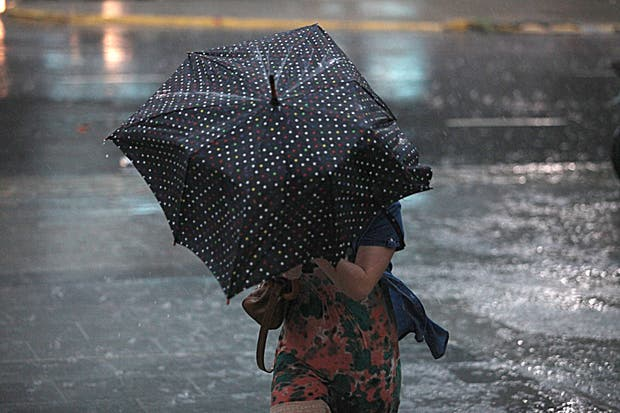 Según el SMN, lloverá durante todo el día