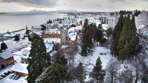 Una foto de archivo de la ciudad de Bariloche