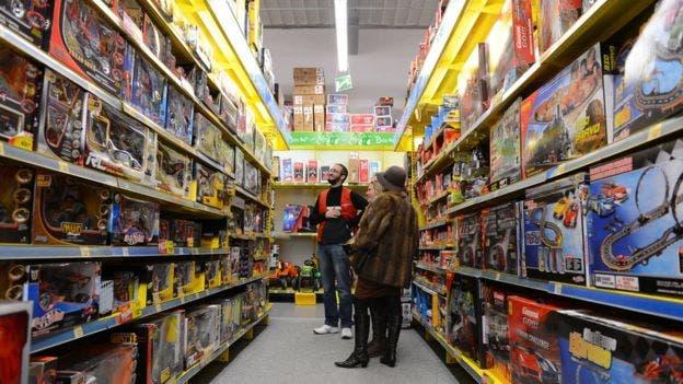 """El experto en juguetes Jim Silver dice que el impacto de videos como los de Ryan es """"enorme"""" para las tiendas de juguetes"""