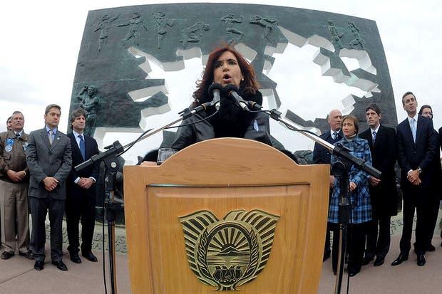 Cristina Kirchner encabezó en Ushuaia el acto principal a 30 años del inicio de la guerra de Malvinas