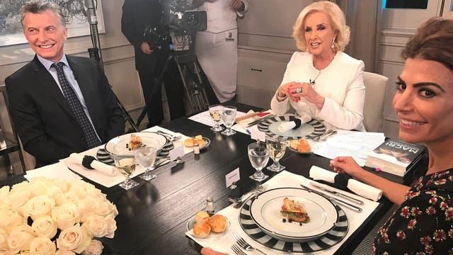 Mirtha Legrand regresó con su programa desde la quinta de Olivos, con una entrevista exclusiva con Mauricio Macri y Juliana Awada