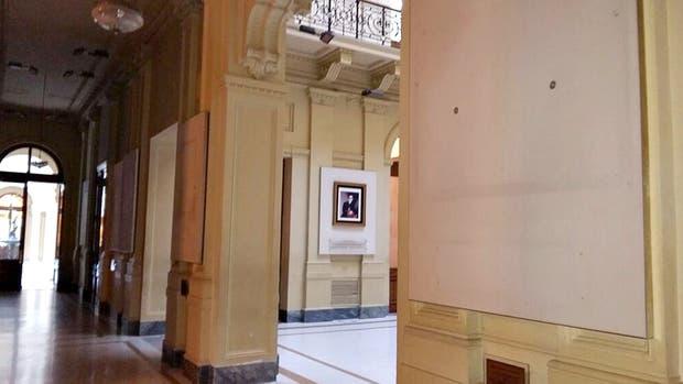 Retiran de la casa rosada los cuadros de juan manuel de - La casa de los cuadros ...