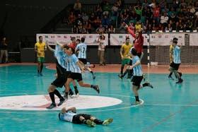 Argentina festeja en el Panamericano Juvenil