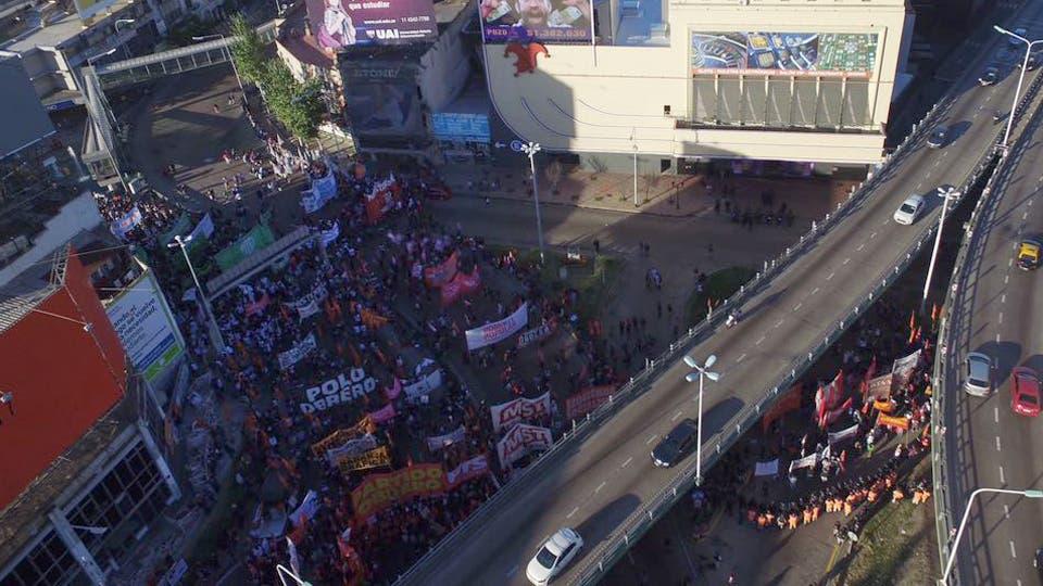 Vista del puente Pueyrredón. Foto: LA NACION / Emiliano Lasalvia